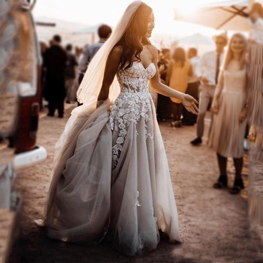 فستان زفاف بوهو فاخر على شكل قلب مزين بالخرز ، ثوب زفاف من التول مع سحاب خلفي وذيل ، 2020