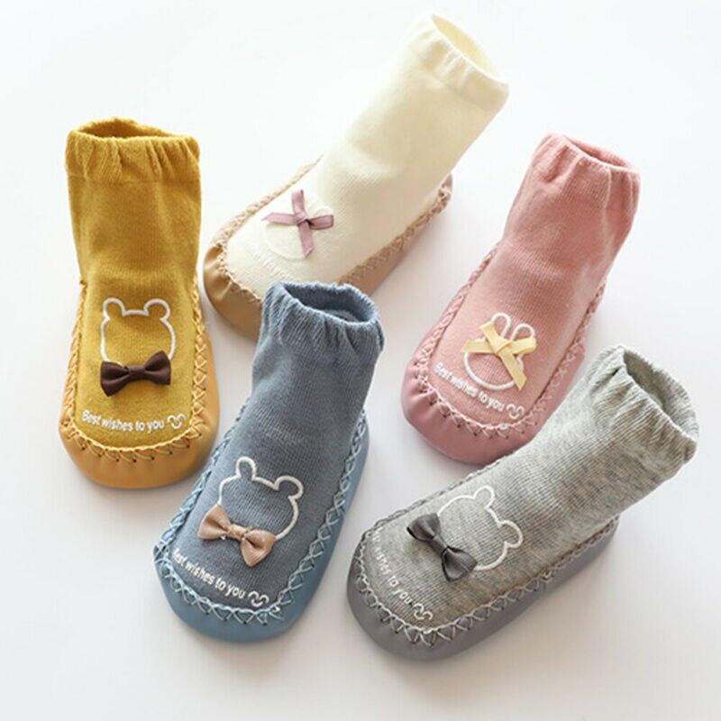 Meias do bebê dos desenhos animados sapatos animais anti-deslizamento sola de borracha meias de piso de algodão da criança sapatos de bebê outono inverno crianças botas apartamentos
