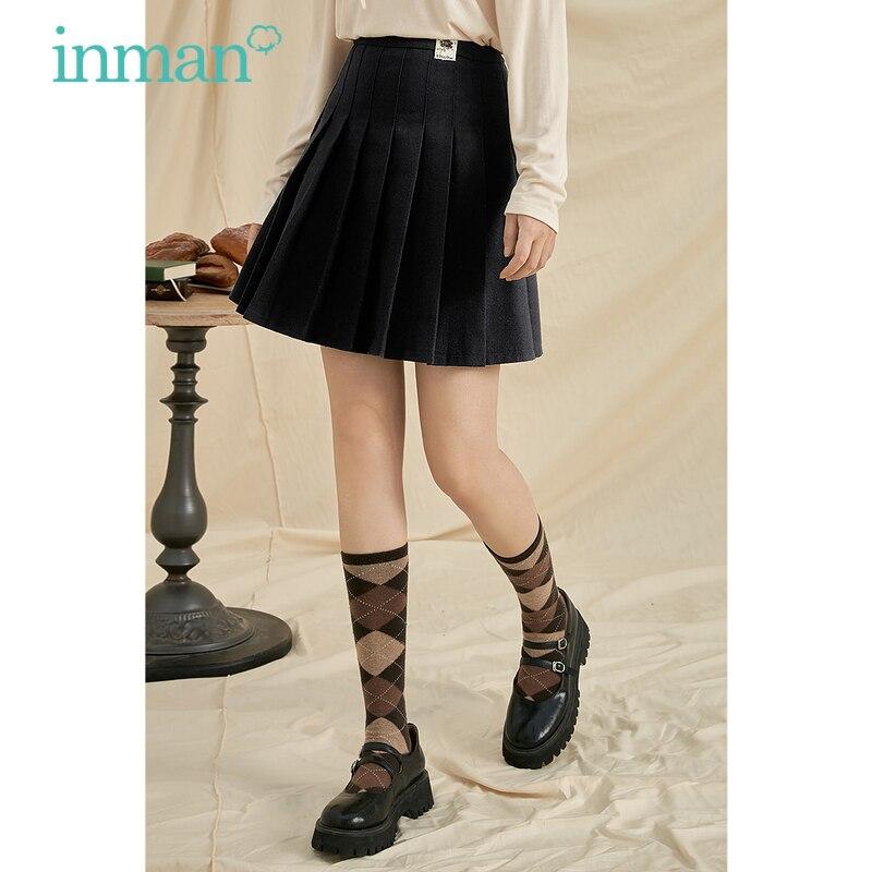 INMAN المرأة مطوي تنورة الخريف الشتاء الكورية Vintage الموضة الكلاسيكية منقوشة أو الأسود ألف خط كل مباراة الإناث قيعان