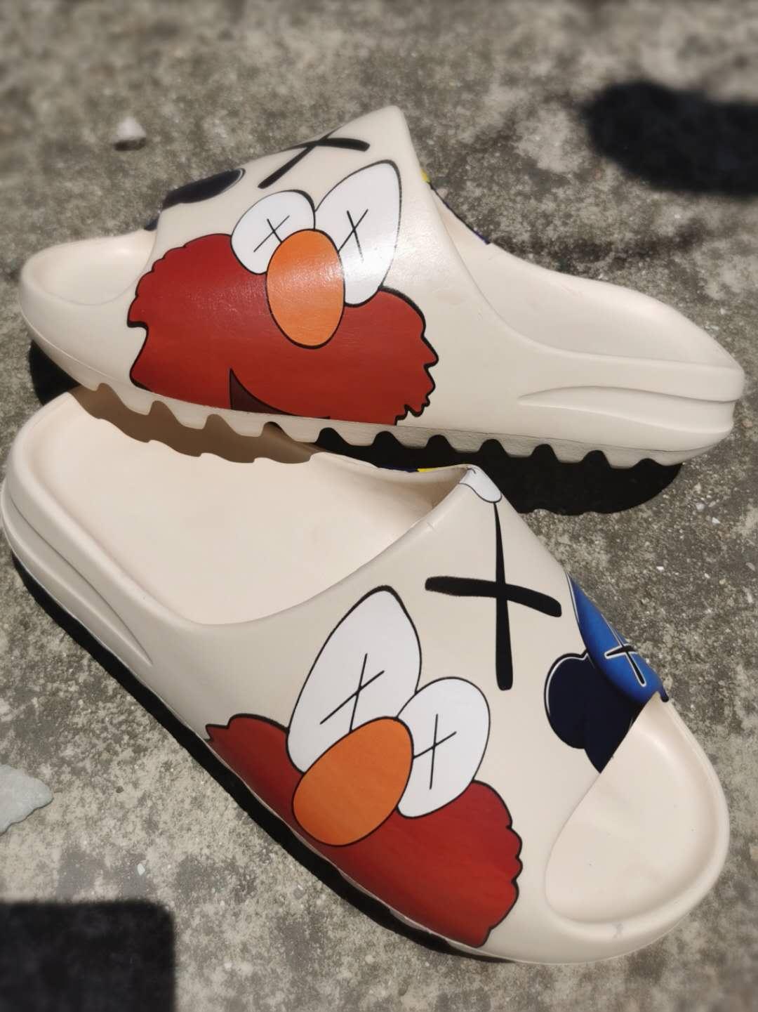 Zapatos planos a la moda para hombre, zapatos informales ligeros, sandalia antideslizante Unisex para parejas, zapatos populares para hombre con ondas súper calientes