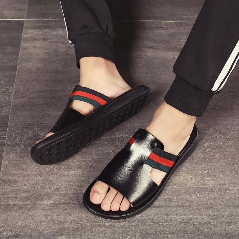 جلد طبيعي شبشب صيفي الرجال في الهواء الطلق تنفس موضة العلامة التجارية أحذية الشاطئ الوجه يتخبط الشرائح داخلي رجل صندل مسطح 2021