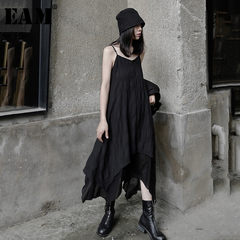 [EAM] Women Black Irregular Split Joint Long Spaghetti Strap Dress New Sleeveless Loose Fit Fashion Spring Summer 2020 1W722