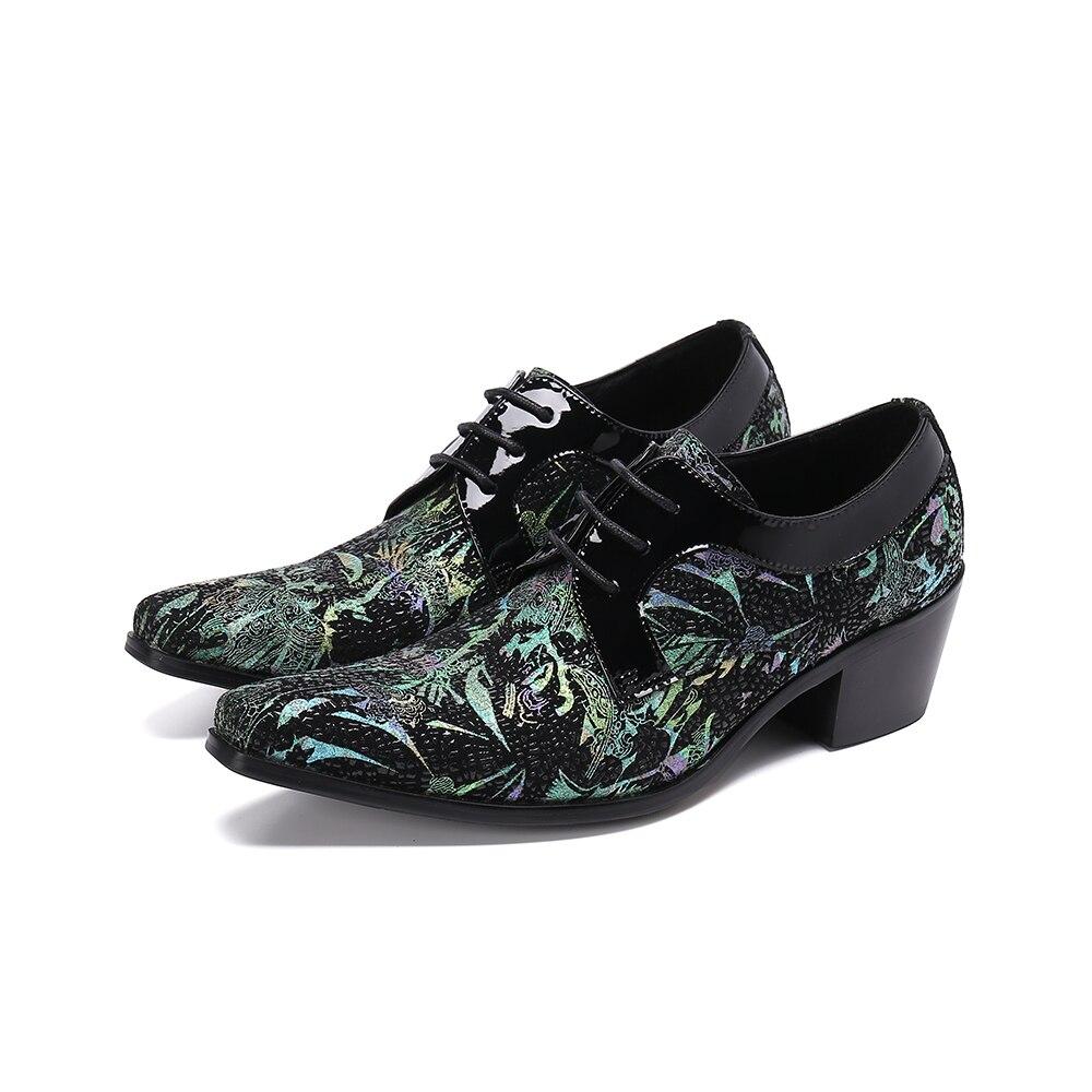 اليدوية رجالي أحذية عالية الكعب الأزهار جلد أصلي للرجال أحذية الزفاف أنيقة الايطالية الرجال أكسفورد فستان الدانتيل يصل الذكور الأحذية