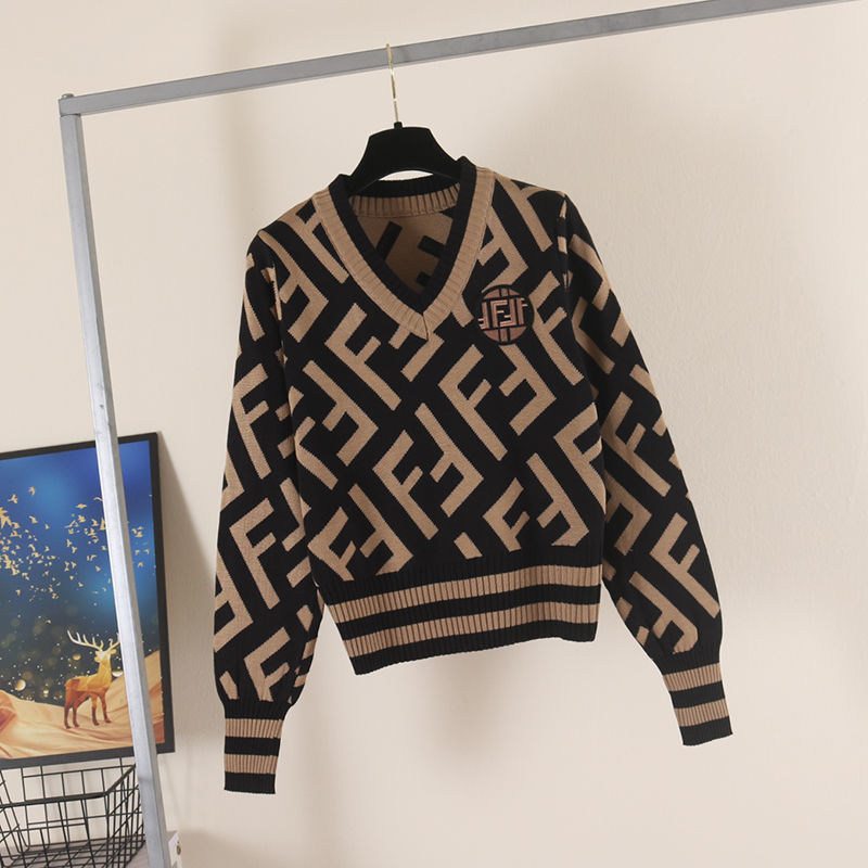 2021 spring and autumn new letter Pullover Sweater womens long sleeve short style temperament slim color matching sweater