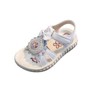 Летняя обувь для девочек с цветами, жемчугом и мягкой подошвой; Обувь для принцессы сандалии с изысканным украшением из жемчуга; Обувь принц...