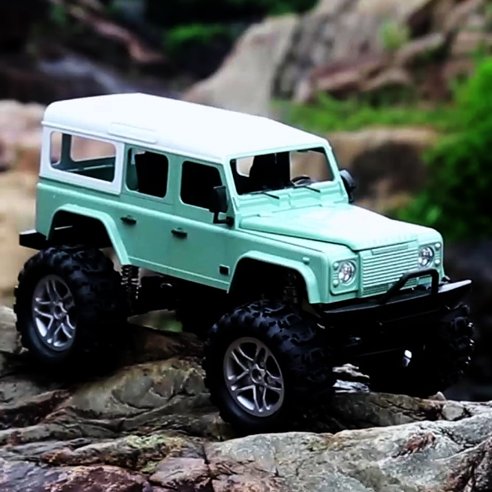 1:14 4WD 2.4GHz Electric Radio Remote Control Racing Climbing E327 Defender Model RC Car 4x4 Drive Off Road Trucks Vehicle Toys