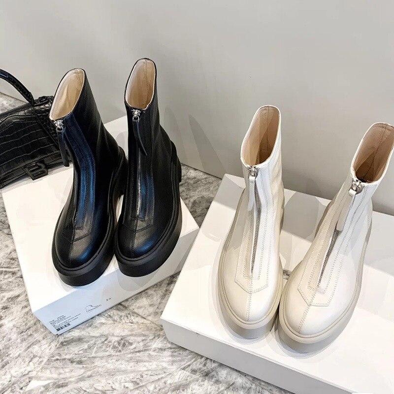 سستة منصة جلد طبيعي مارتن الأحذية النسائية النمط البريطاني الكعك مصعد حذاء من الجلد النساء قبل خريف 2020
