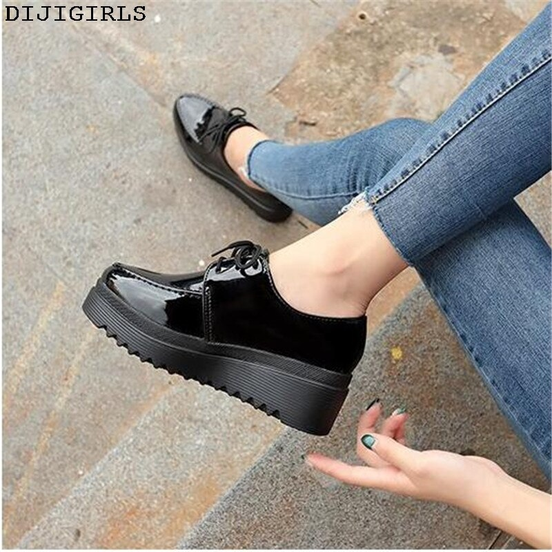 New Women Flats Shoes Woman Platform Shoes PU New Female Suede Lace Up Comfort Ladies Shoes Creepers