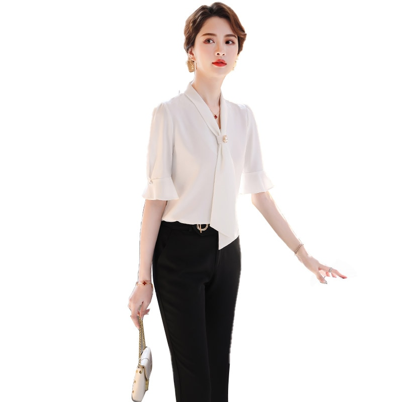 Bell Sleeve Shirt Outfit Female Summer 2021 nian New Style Fashionable Stylish Lightly Mature Temper