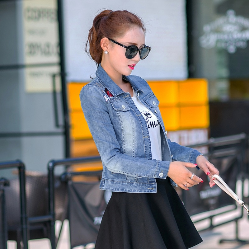 1 New long-sleeved Cat-head jean jacket for autumn wear; short embroidered jacket for girls; slim jacket for students enlarge