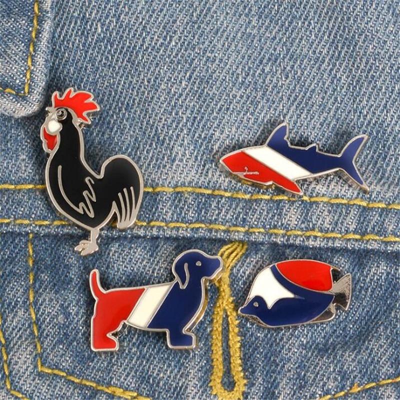 Accesorios de decoración de placa de metal de peces tropicales de tiburón gallo de dibujos animados ropa solapa chaqueta sombrero mochila broche botón