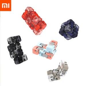 Image 1 - Цветной Спиннер Xiaomi Mijia Mitu, строительные блоки, игрушка головоломка для снятия давления, сборка кубика, игрушка Спиннер для пальцев