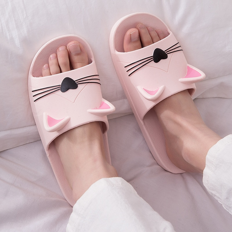 Women Summer Slippers Beach Slide Sandals Cartoon Cats Flip Flops Soft Sole Comfortable Men Couple Ladies Bathe Shoes Zapatillas