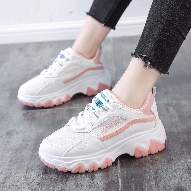 Sapatos de Outono Mulher Chunky Tênis Plataforma Luz Respirável Sapatos Casuais Femininos Pai Zapatillas Mujer 2021