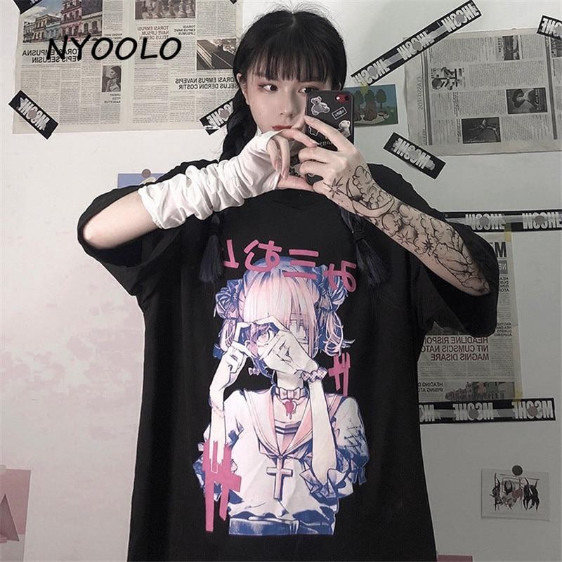 Camiseta holgada de manga corta NYOOLO Harajuku, camiseta de verano para mujer, ropa de calle de dibujos animados, Chica de Anime, estampado japonés, tops con cuello redondo, camiseta femenina