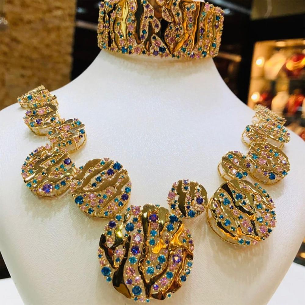GODKI الفاخرة 4 قطعة قلادة مستديرة طقم أقراط زركون مجموعات مجوهرات للنساء الزفاف تشكيلة حُلي هندي للزفاف هدية