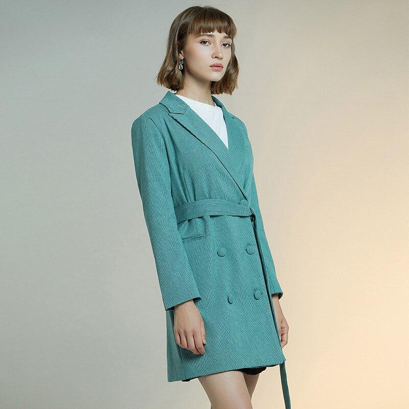 2020 spring women's new fashion coat light mature loose all-around Plaid windbreaker women