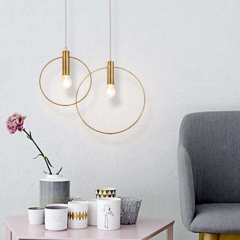 مصباح السقف المعلق على شكل حلقة ذهبية ، تصميم حديث مبسط ، إضاءة داخلية ، إضاءة سقف زخرفية ، مثالية لغرفة الطعام أو غرفة النوم.