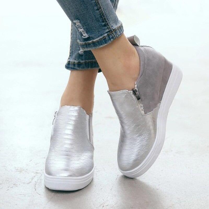 Winter White Boots Women Fashion Platform Ankle Boots Lace Up Combat Boots Snow Shoes Woman Warm Plush New Winter Boots