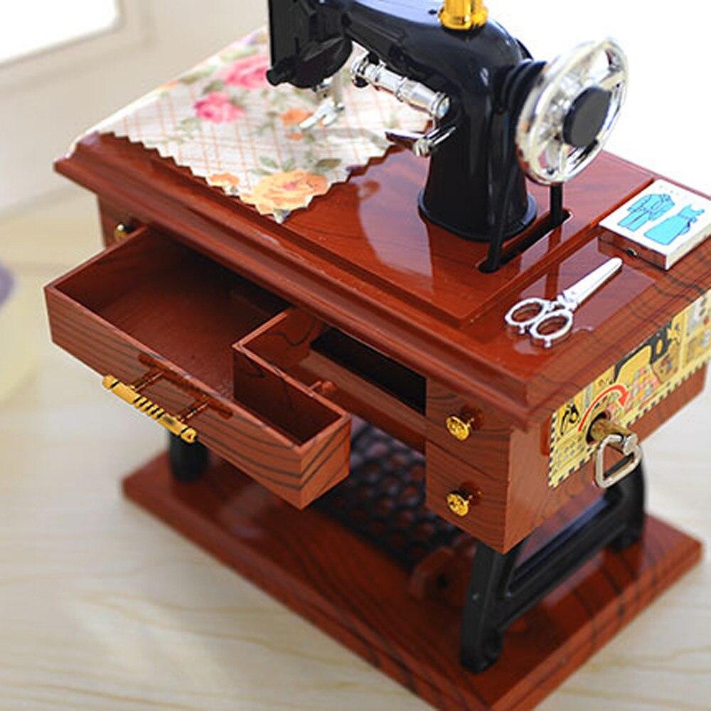 38 # caja de decoración musical para el hogar caja de música Vintage Mini máquina de coser estilo mecánico Regalo de Cumpleaños Mesa decoración Drop Shipping