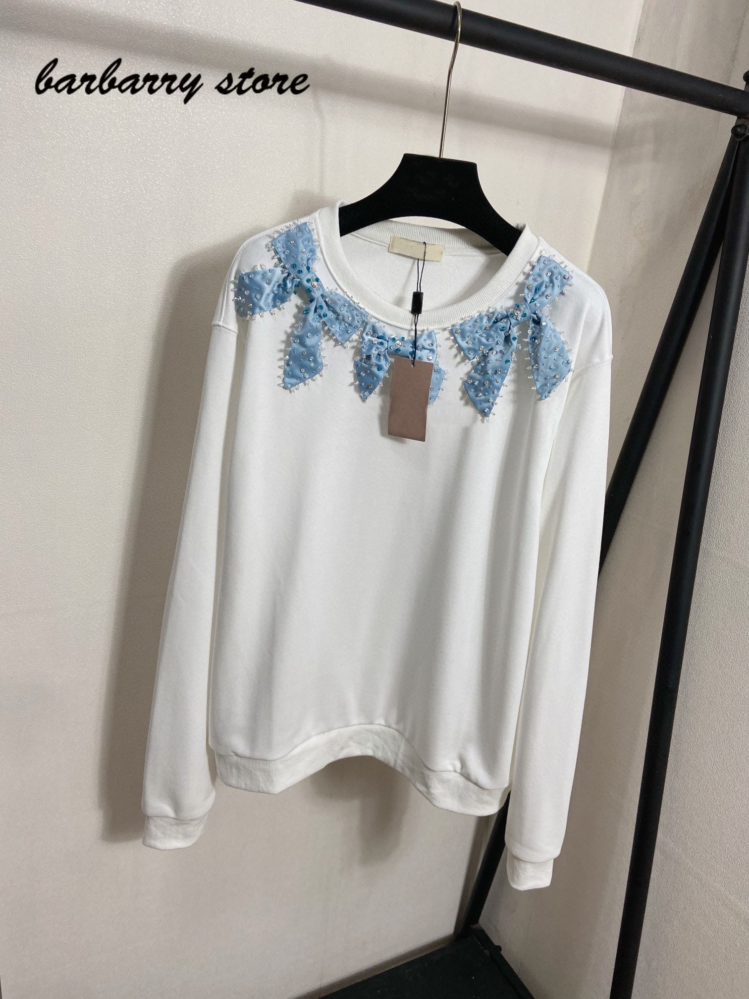 21 luxury design Beaded bow letter printing fashion women's long sleeve round neck Pullover temperament versatile loose sweater enlarge