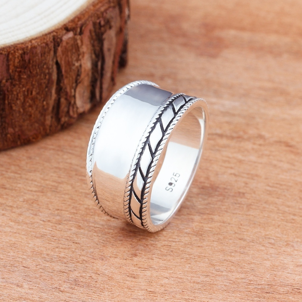 Fashion Women Rings Solid Vintage Simple Wedding Engagement Bands Lady Birthday Gift Classic Jewelry