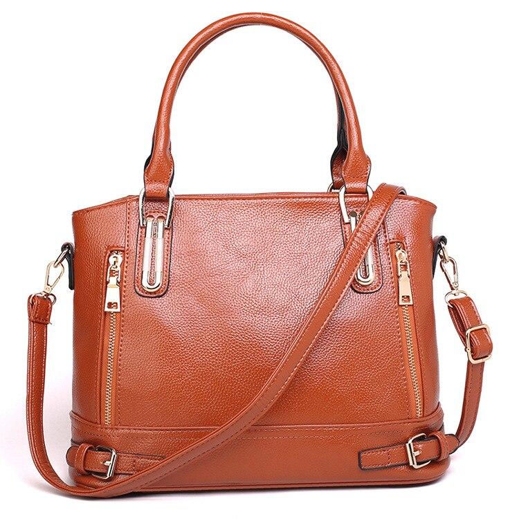 2020 new handbag lychee pattern European and American fashion flow shoulder armpit slung tote bag