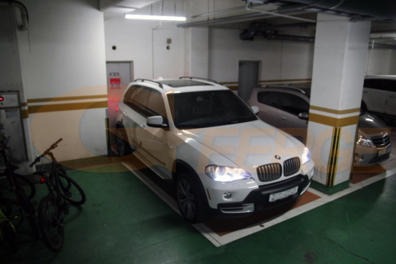 Купить с кэшбэком For BMW X5 e70 2007 2008 2009 2010 2011 2012 2013 Ultra bright SMD LED Angel Eyes halo rings kit Day Light Car styling