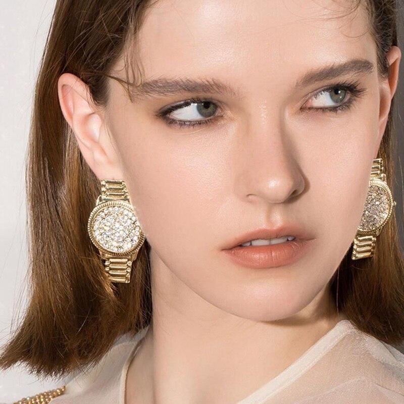 Pendientes colgantes con forma de reloj para chicas, diseño único, estrás brillante, regalo de joyas de fiesta para amigos, decoración exagerada