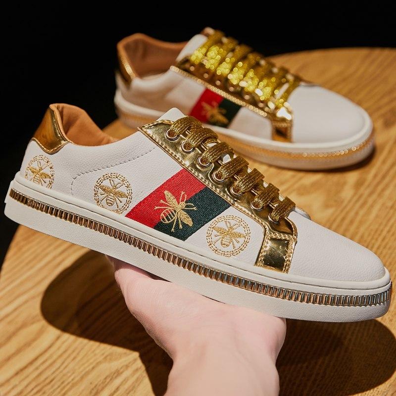 Merk Mannen Borduren Platte Schoenen Golden Fashion Mannen Bee Casual Sneakers Unisex Comfort Glanzende Glitters Schoenen Zapatillas Hombre