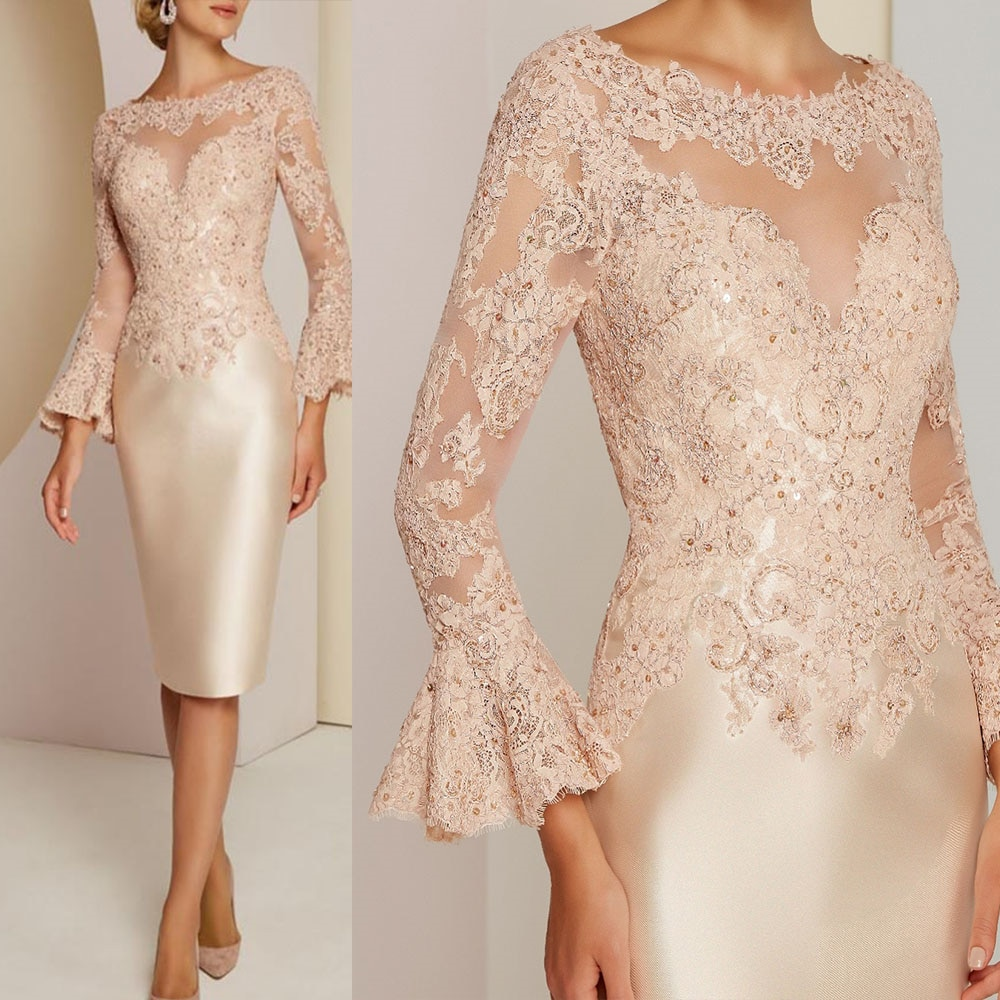 Gorgeous Short Champagne Lace Long Sleeve Mother of the Bride Dresses Bateau Neck Beads Wedding Gues