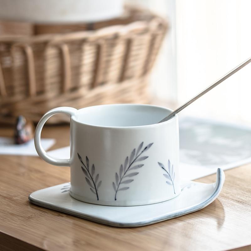 النمط الياباني فنجان شاي مجموعة الكورية الإبداعية الخشنة الفخار القهوة الفناجين وأطباقها مجموعة بعد الظهر الشاي Canecas أدوات المائدة ED50BD