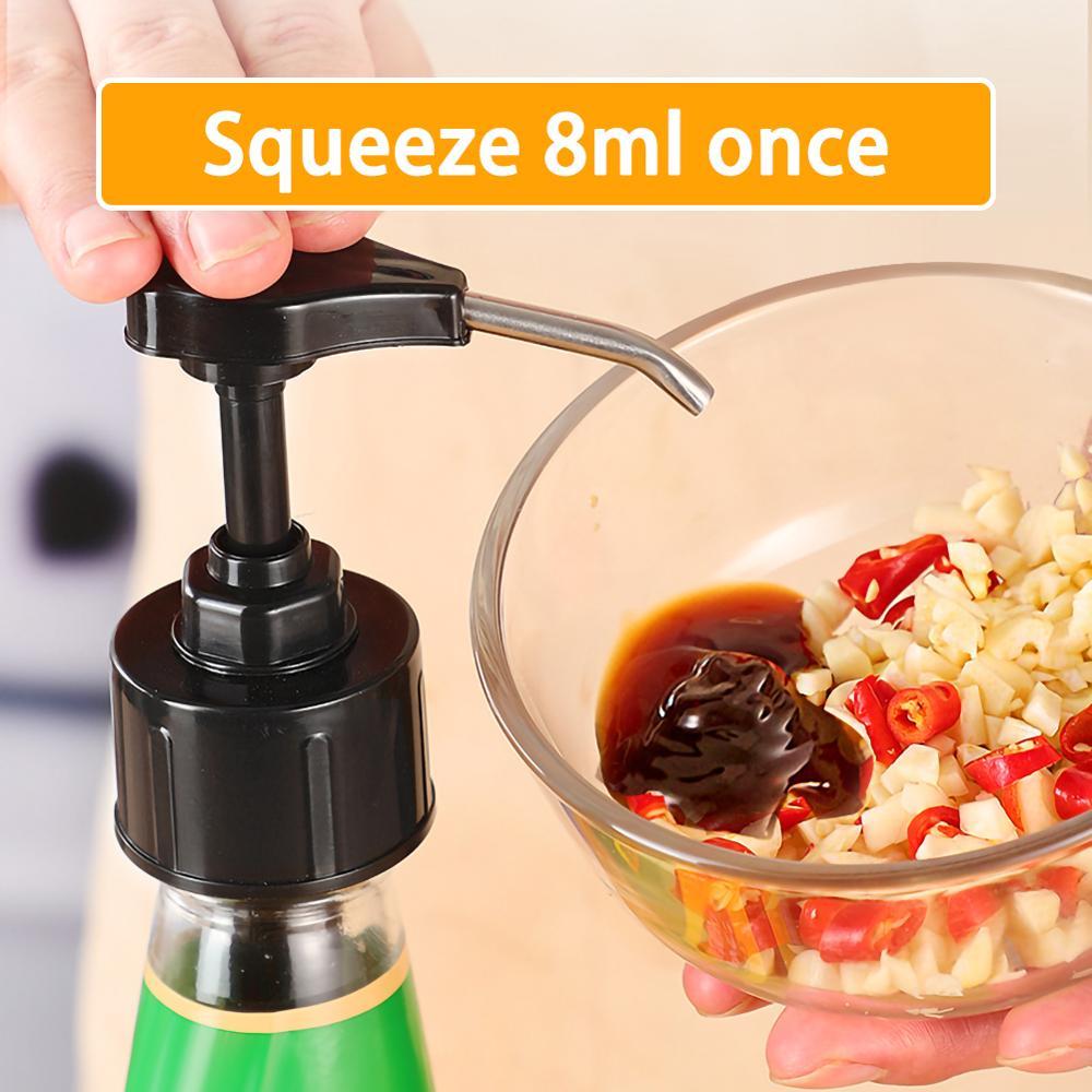 Boquilla dispensadora superior de la bomba de la tapa de aceite de acero inoxidable para la botella de Ketchup de la salsa de ostra (negra) conveniente de usar