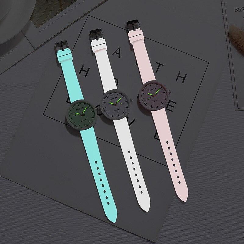 Los niños de moda de Reloj luminoso manos deportes relojes de pulsera Reloj de cuarzo correa de silicona pulsera Reloj Montre Enfant