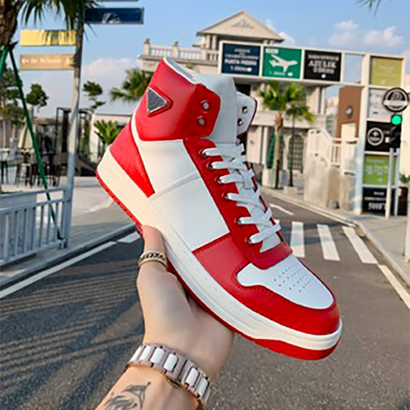 2021 New Products Autumn And Winter Leather High-top Lace-up White Shoes Female Tide Wild Couple Cas