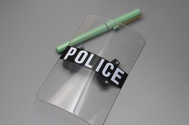 Modelo de escudo de policía SWAT de escala Mnotht 1/6 para la colección de juguetes de la figura de acción de 12 pulgadas Accessoris