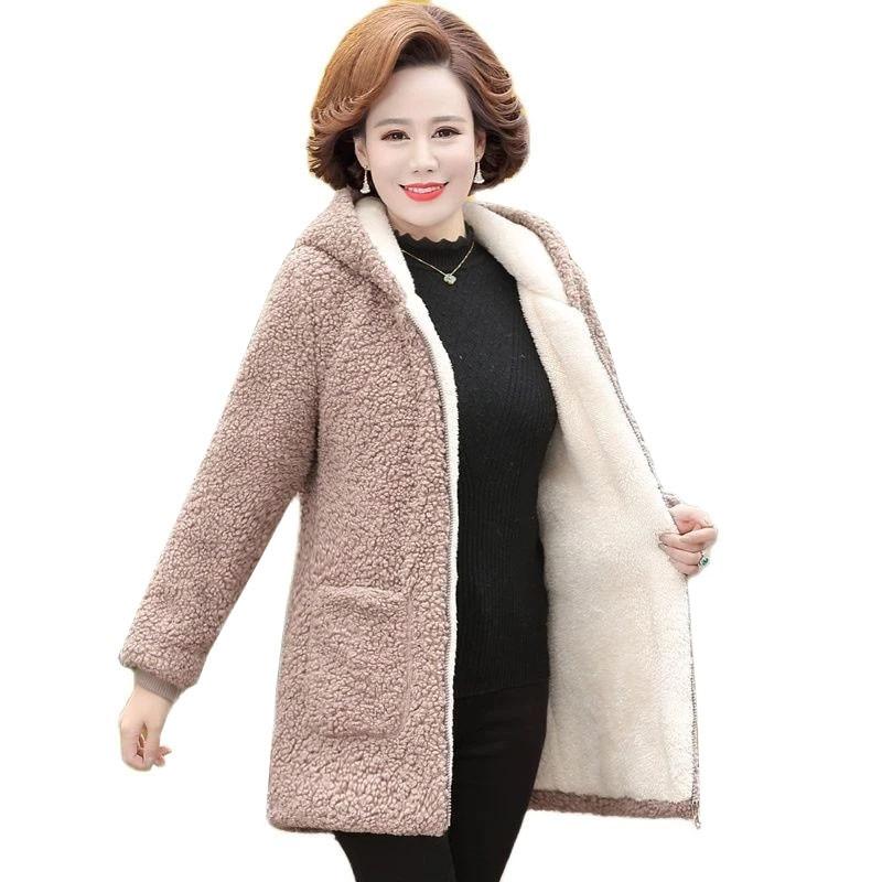 6XL منتصف العمر المسنين المرأة معطف صوف الضأن 2021 شتاء جديد زائد المخملية سترة قطن فضفاض منتصف طول معطف مقنعين الإناث