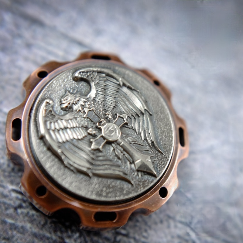 Triangle Battle Falcon Fingertip Gyro Adult Stress Relief Toys Carved Copper Titanium Finger Ring Mini Gyro enlarge