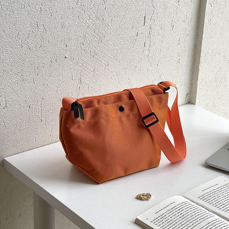 المرأة حقيبة عصرية نسخة من حقيبة كتف جديدة نايلون bagالصلبة اللون كل مباراة شحن مجاني
