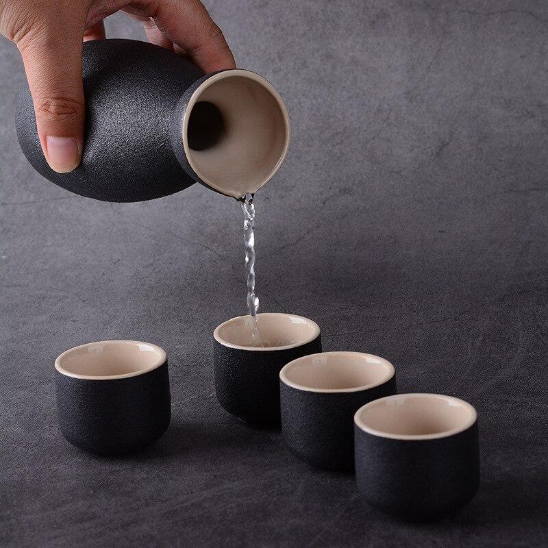 Vintage Ceramic Sake Pot Cups 7Pcs Set Japanese Style Hip Flasks Home Kitchen Office Flagon Liquor Cup Drinkware Creative Gifts