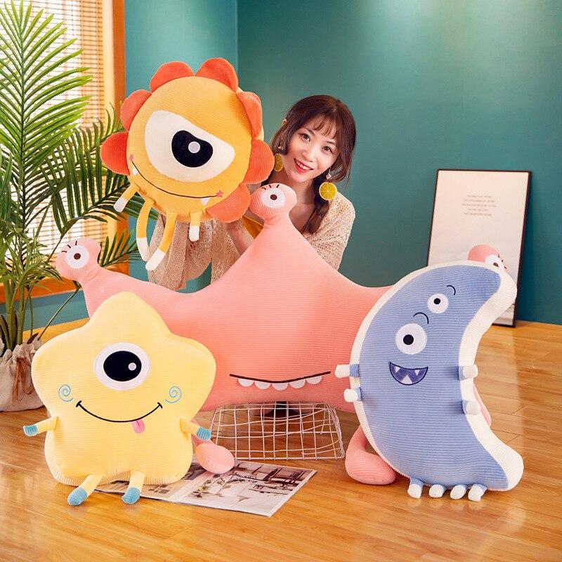 Tienda de moda original ojo grande pequeña almohada monstruo juguete de felpa trapo muñeca niños niñas regalos estrellas bonitas Luna Forma de Corona regalos niñas