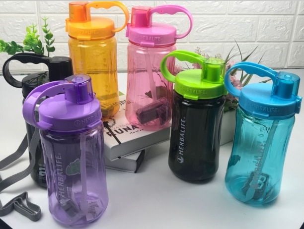 XM 1000 ML/2000 ML botella de agua de moda Frozem botella de agua portátil Herbalife nutrición botella coctelera personalizada envío gratis