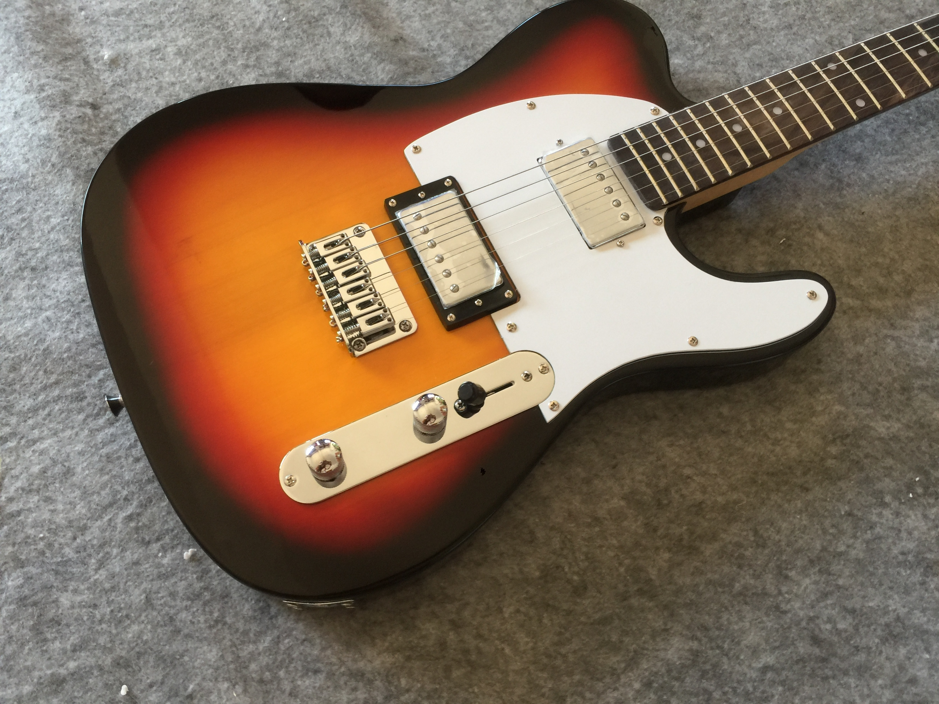 Electric guitar / sunset dual pickup TL Guitar / customizable Chinese electric guitar enlarge