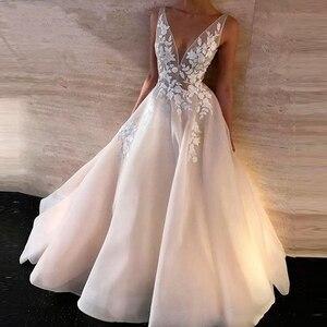 A Line Boho Simple Wedding Dress V Neck Neckline Appliques Lace Bridal Gown New Fashion Elegant Wedding Gowns Bohemia Plus Size