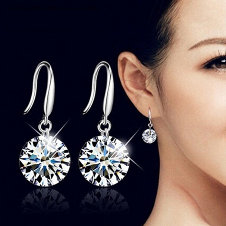 2019 New Earrings Korean Version Of The Fashion Cute Shiny White Crystal Multicolor Long Womens Jewelry Drop