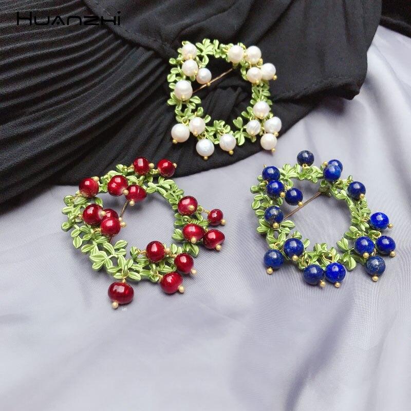 Broche de aleación de fruta de hoja de arándano y arándano con perlas de agua dulce de planta de Color verde Vintage huanchi para mujer accesorios regalos