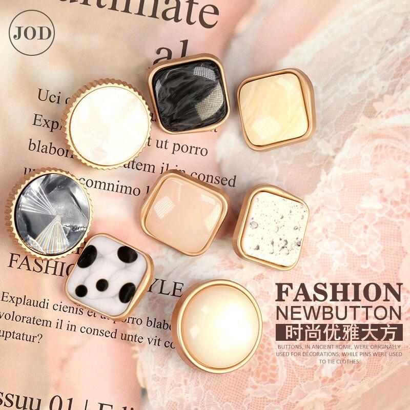 Plaza de botones de Metal para Ropa Accesorios de costura botón en la ropa de las mujeres de moda italiana de alta calidad