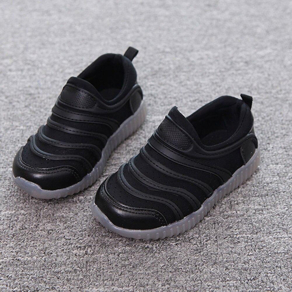 Crianças esporte tênis de corrida crianças sapatilhas formadores da criança do bebê meninos meninas sapatos casuais com luz led sec88