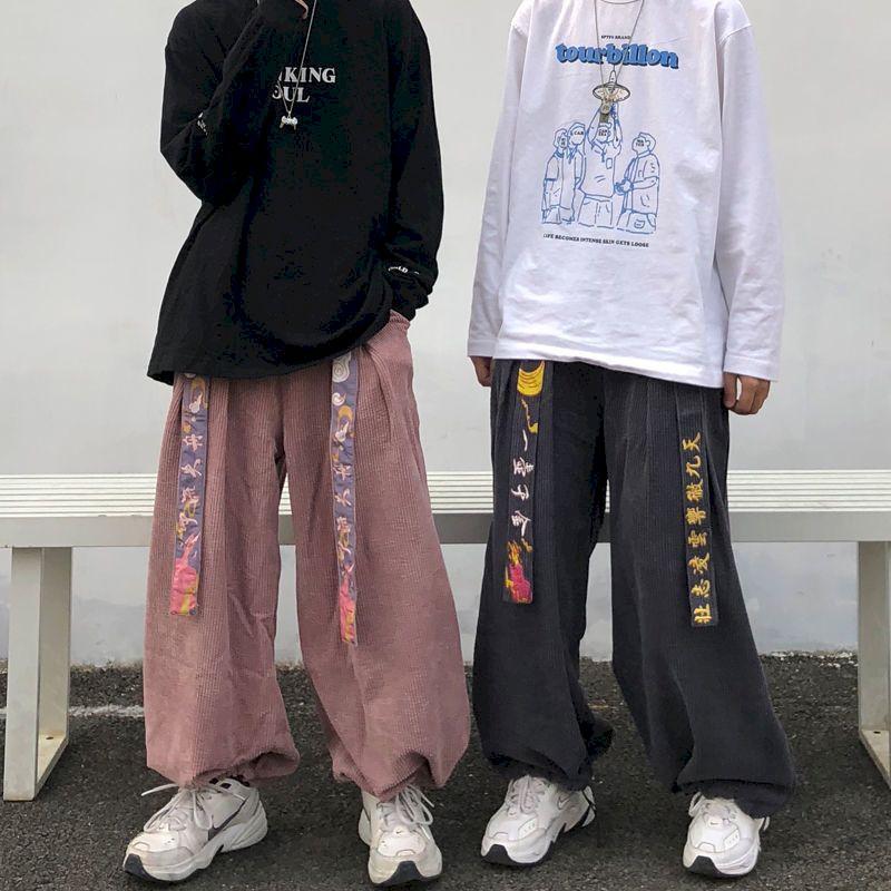 2020 modelos de Otoño de moda super fire retro estilo de Hong Kong PANA pantalones de pierna ancha para hombres y mujeres suelta bordado beam pant