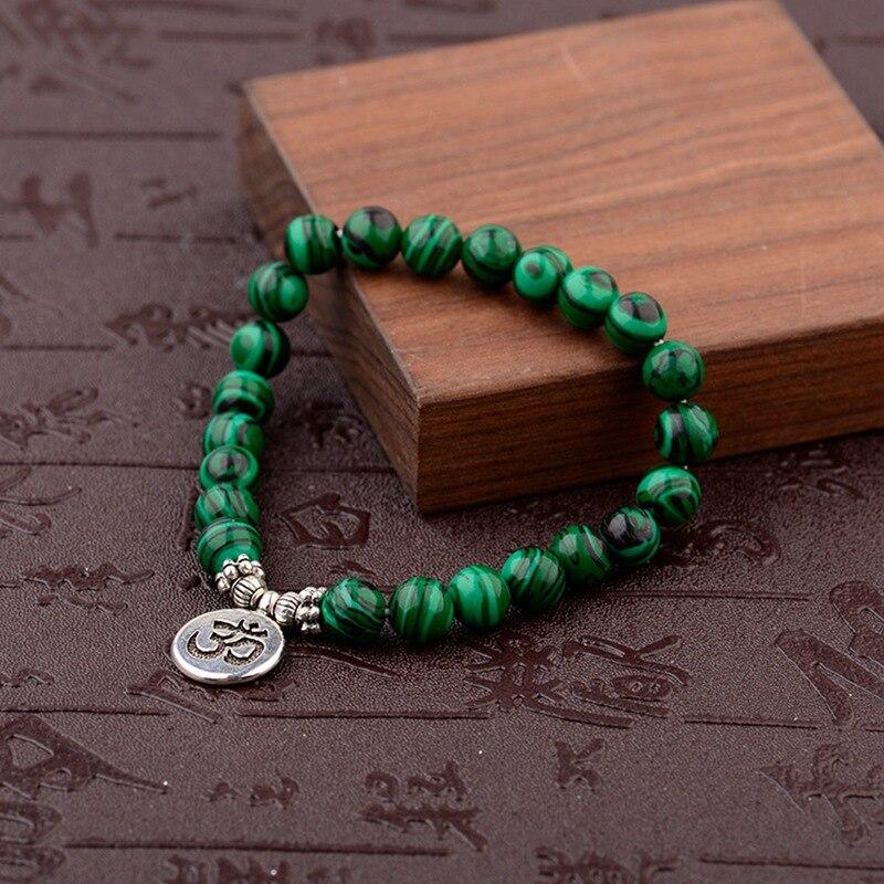 Pulseras de cuentas de piedra naturales verdes de 8mm 2020 para mujeres y hombres, colgante OM de Color plateado, pulsera elástica, joyería de oración de Chakra Mala